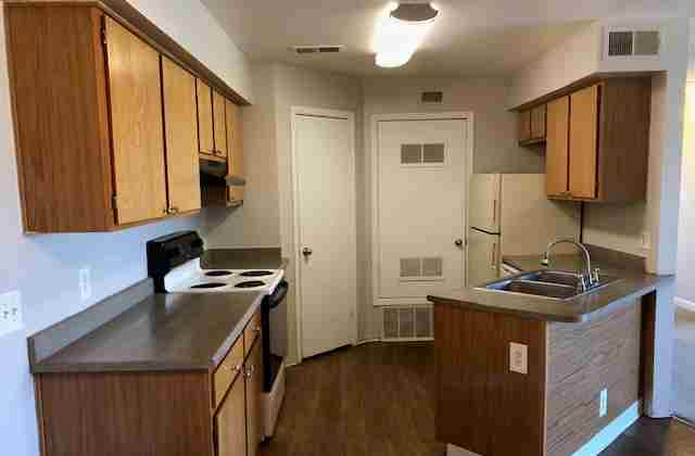 Section 8 Accepted at 1800 W 85Th Ave, Denver, CO 80260
