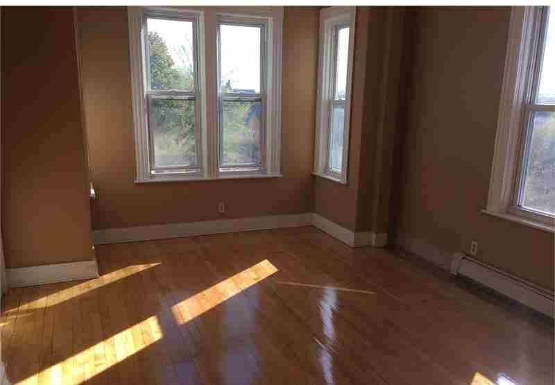 Section 8 Accepted at 43 Harlem St, Worcester, MA 01610